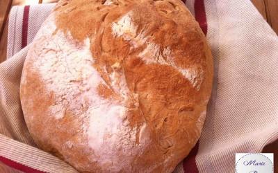 Du pain blanc maison ! Marie Pop a pris de bonnes résolutions…