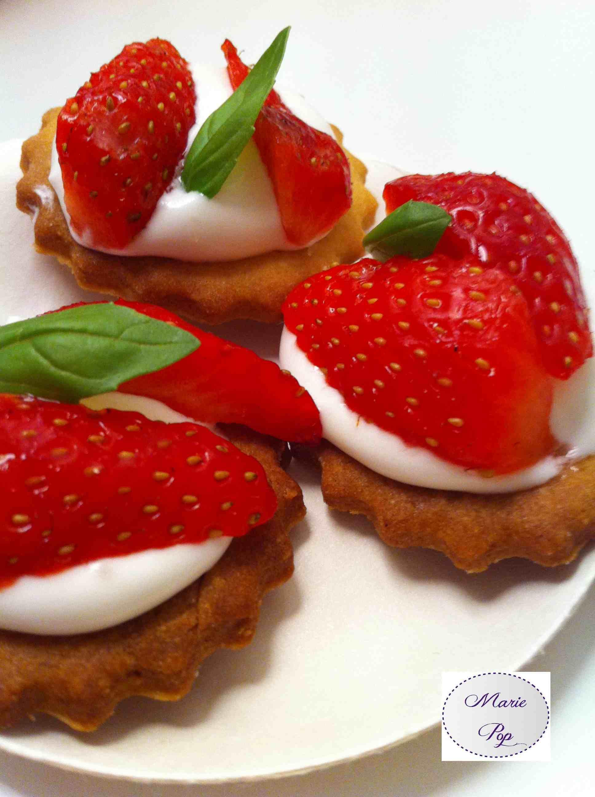 Bouchées façon tarte aux fraises - la recette très très rapide
