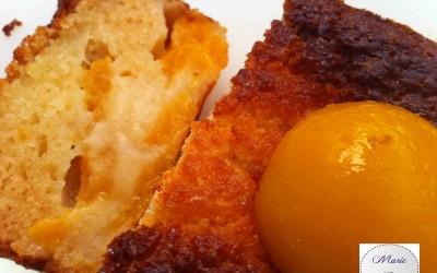 Le cake clafoutis aux abricots au sirop ! Un dessert ensoleillé !