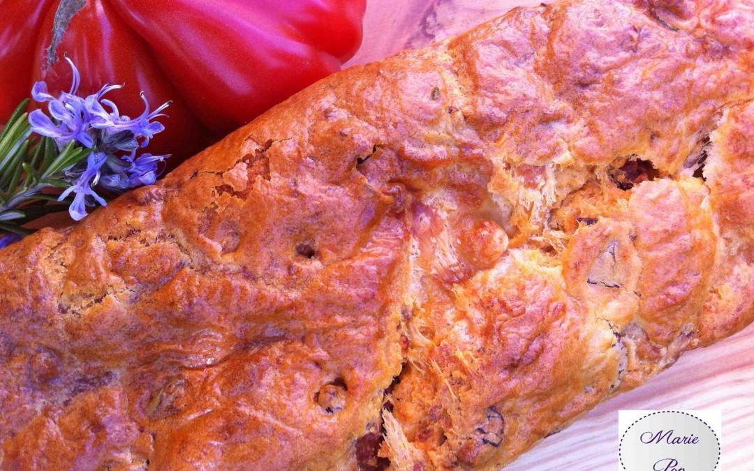 Cake tomates s ch es romarin mozzarella recette soleil - Cuisiner les tomates sechees ...