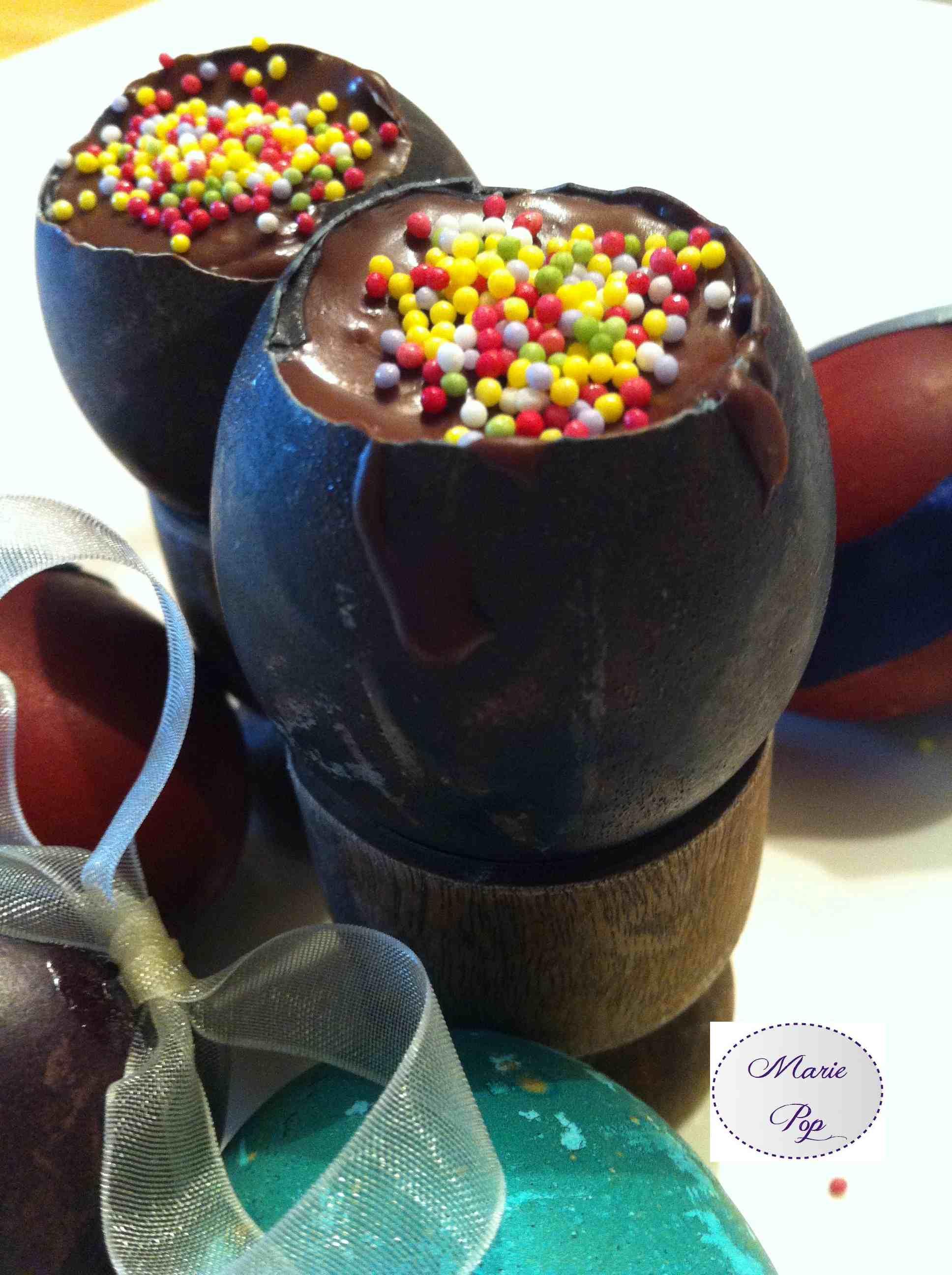 Oeuf en chocolat maison... Pâques est magique.