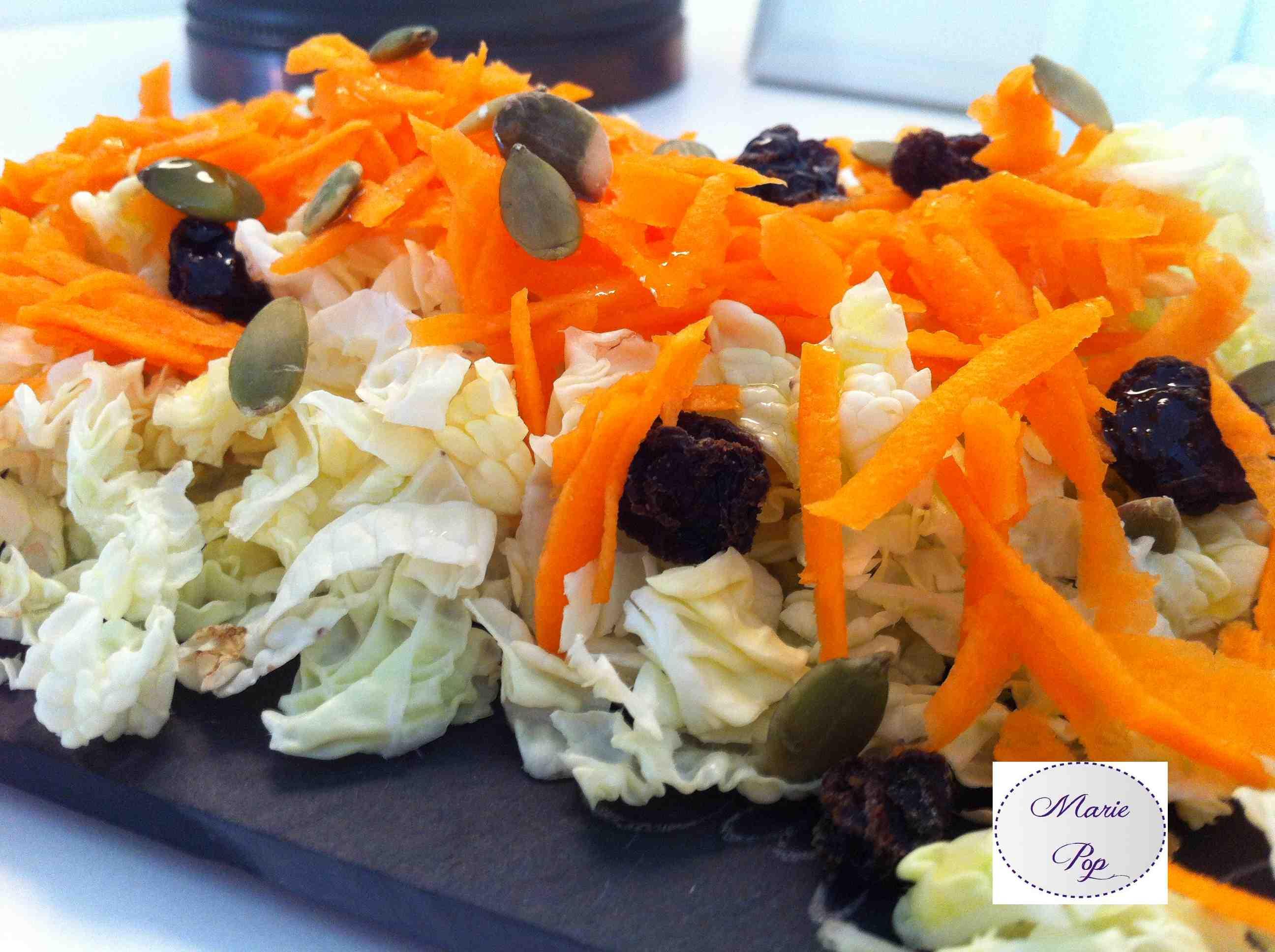 Salade de chou chinois, carottes et petits trésors - ma recette fraîche !