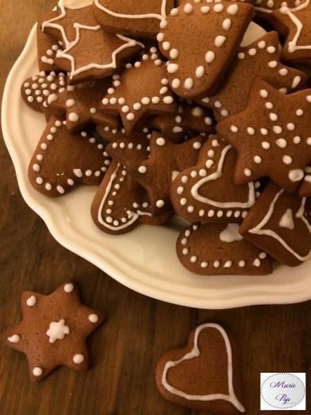 Biscuits pain d'épices - la recette très Noël
