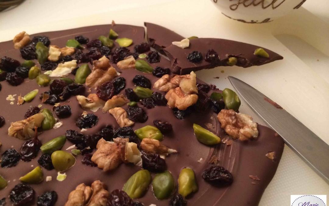 Chocolat géant aux fruits secs… Il n'est pas timide celui-là !