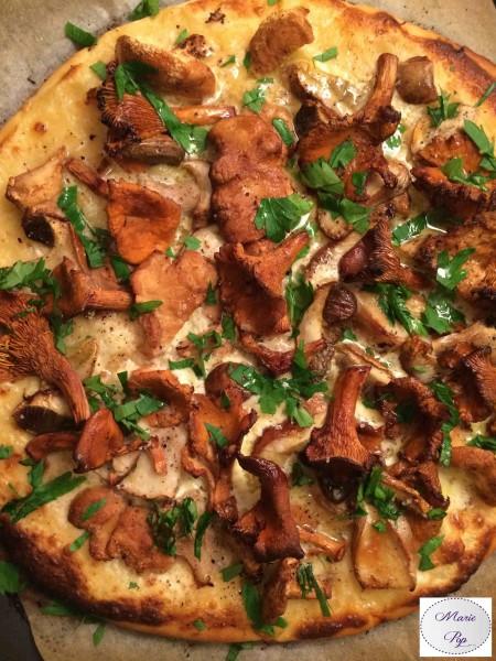 Pizza aux champignons des bois - la recette