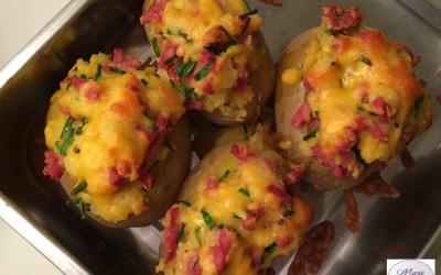 Pommes de terre farcies, gourmandes de cheddar ! Tout un programme…