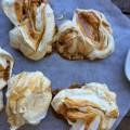 Meringues au caramel beurre salé - recette