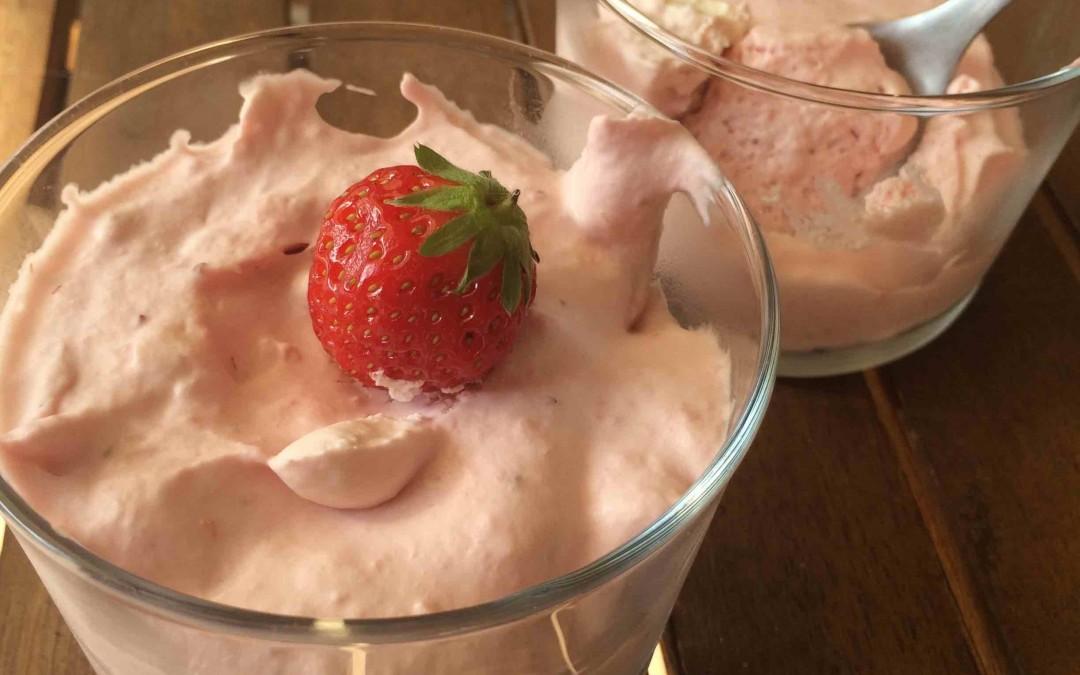 Mousse de fraises au mascarpone… Enfilez vos ailes !